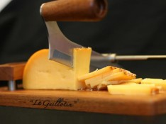 The Wyngaard Cheese Guillotine €25